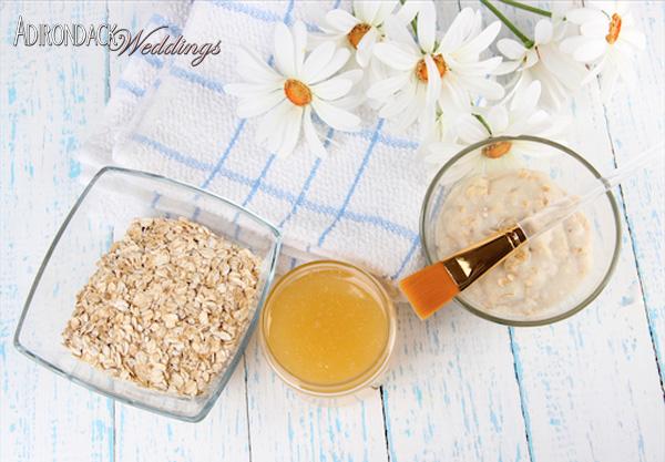 DIY oatmeal honey face scrub