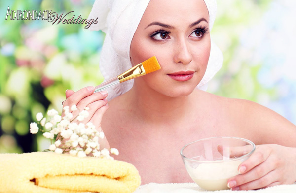 DIY oatmeal honey face scrub | Adirondack Weddings Magazine